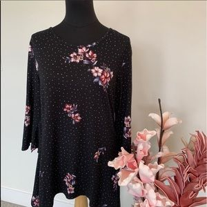 Artisan floral top size Medium